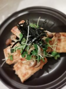 めんつゆの旨味が引き立つ、豆腐ステーキ