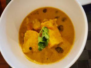 本格的!シンガポールのラクサ風スープ