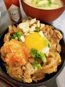 大盛軒風★豚肉とキャベツの鉄板麺!