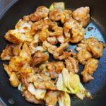 ご飯のお供♪豚こまと残り野菜の節約ピリ辛炒め