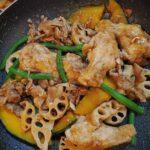 レンコンとお肉のバルサミコ酢炒め