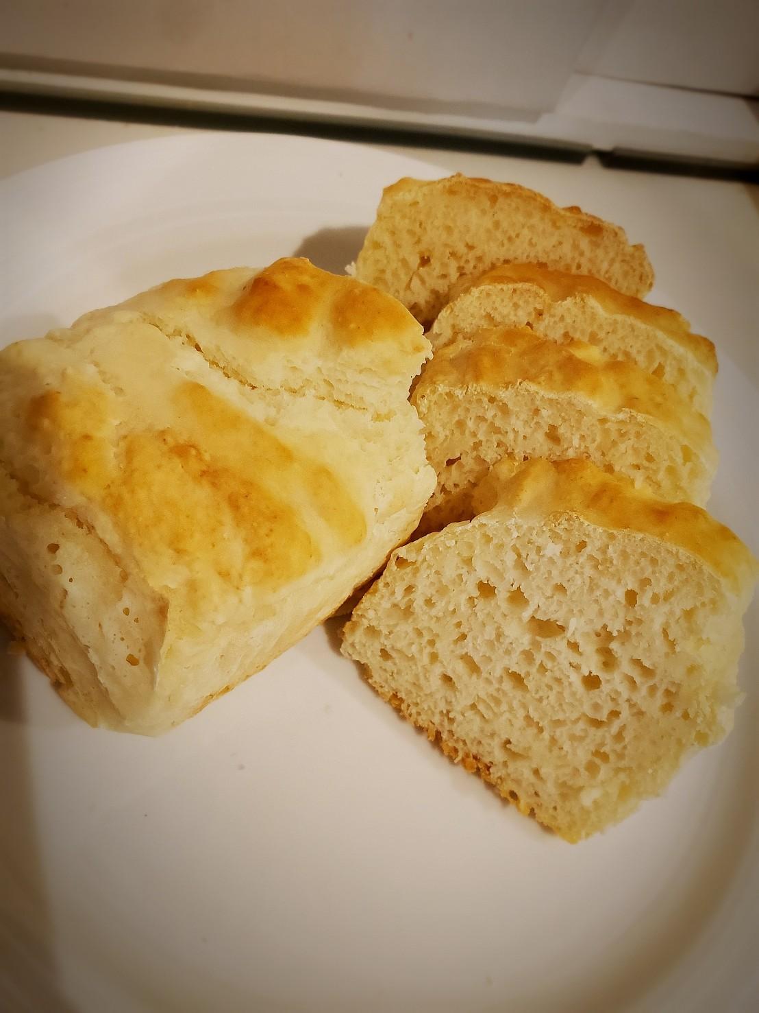 ヨーグルトで作るもっちり食パン